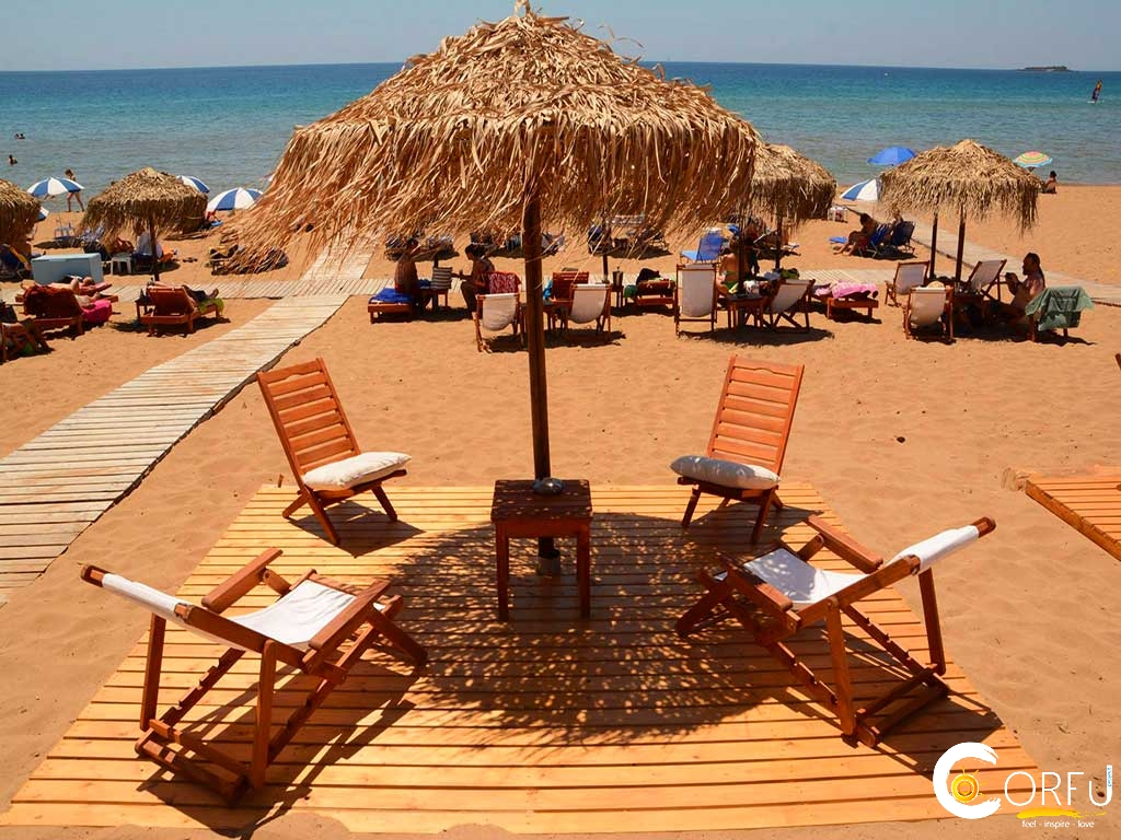 Issos Paradise Beach Bar